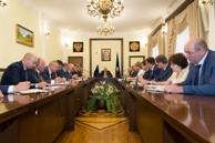 Глава республики провел заседание Правительства Карачаево-Черкесии по актуальным вопросам